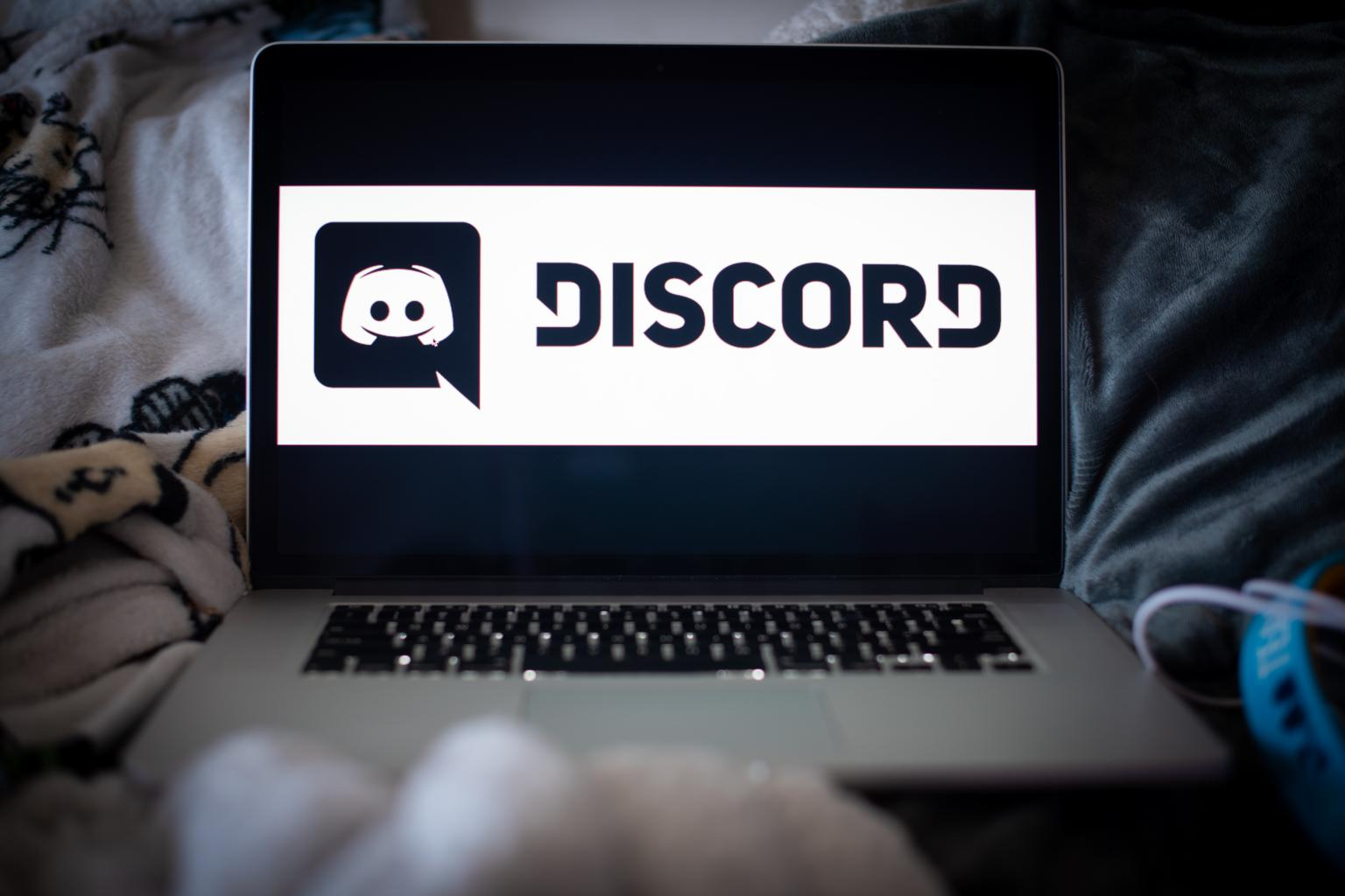 How to Change Name Colour in Discord
